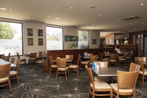 Federal Hotel Swan Hill History